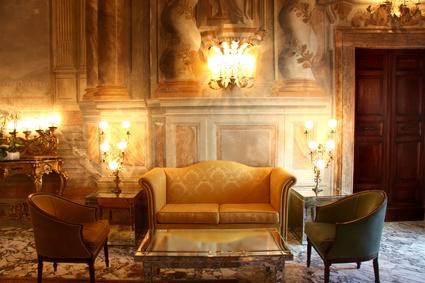 Antiker Stil Im Wohnzimmer Aus Alt Wird Neu